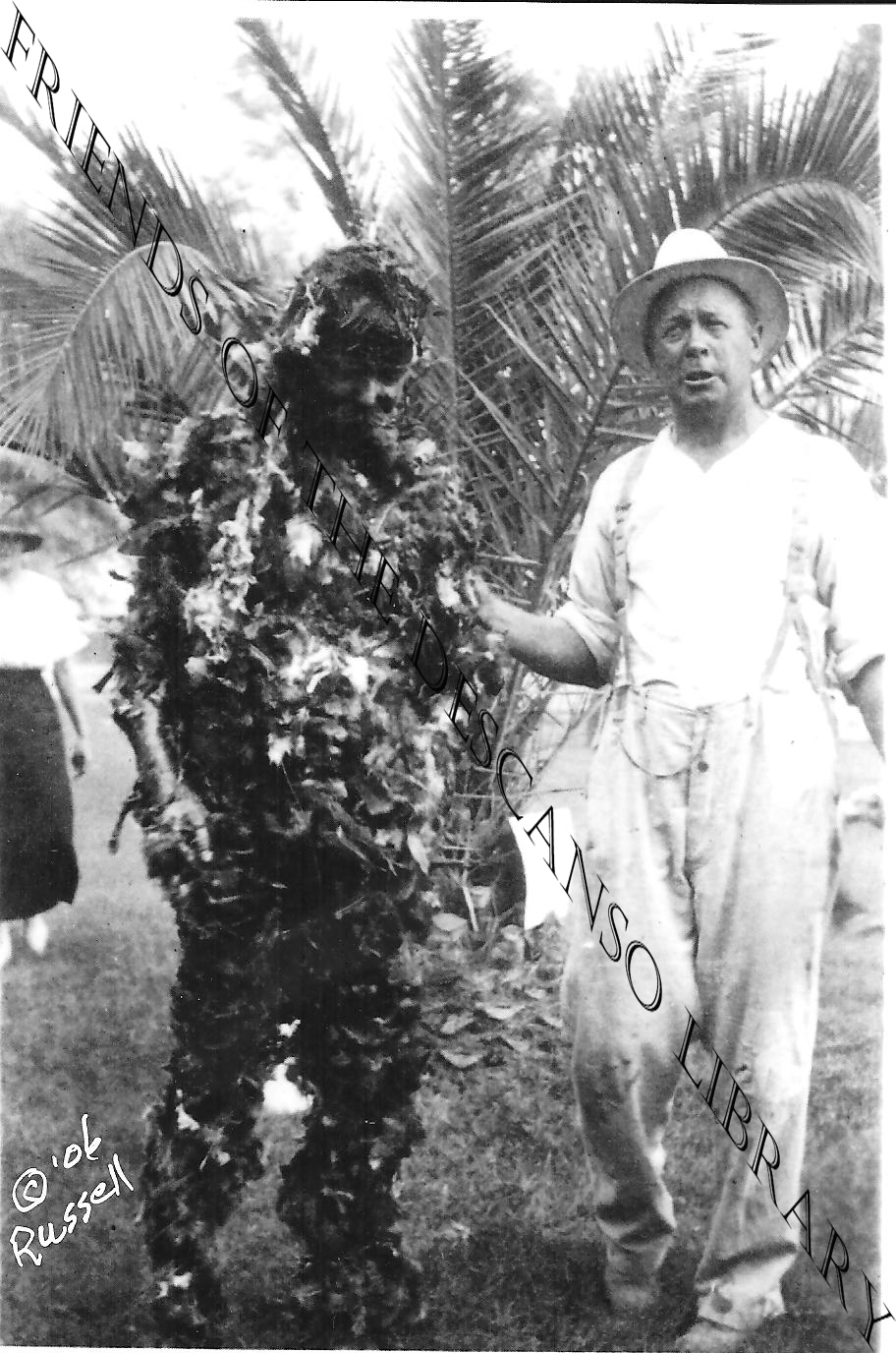 man tarred and feathered during ww1